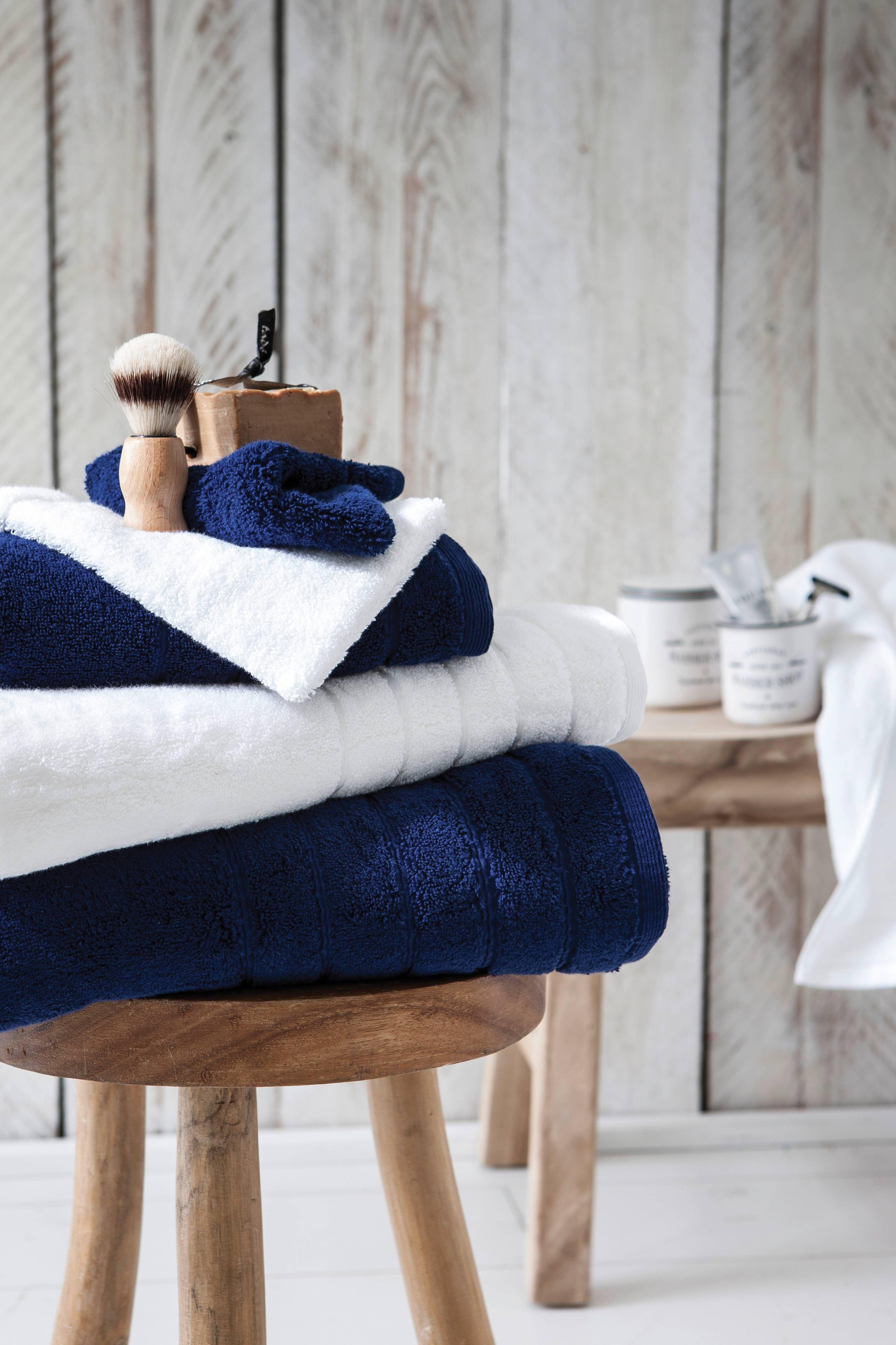 Parures de lit, coussins, linge de maison… découvrez en exclusivité ...