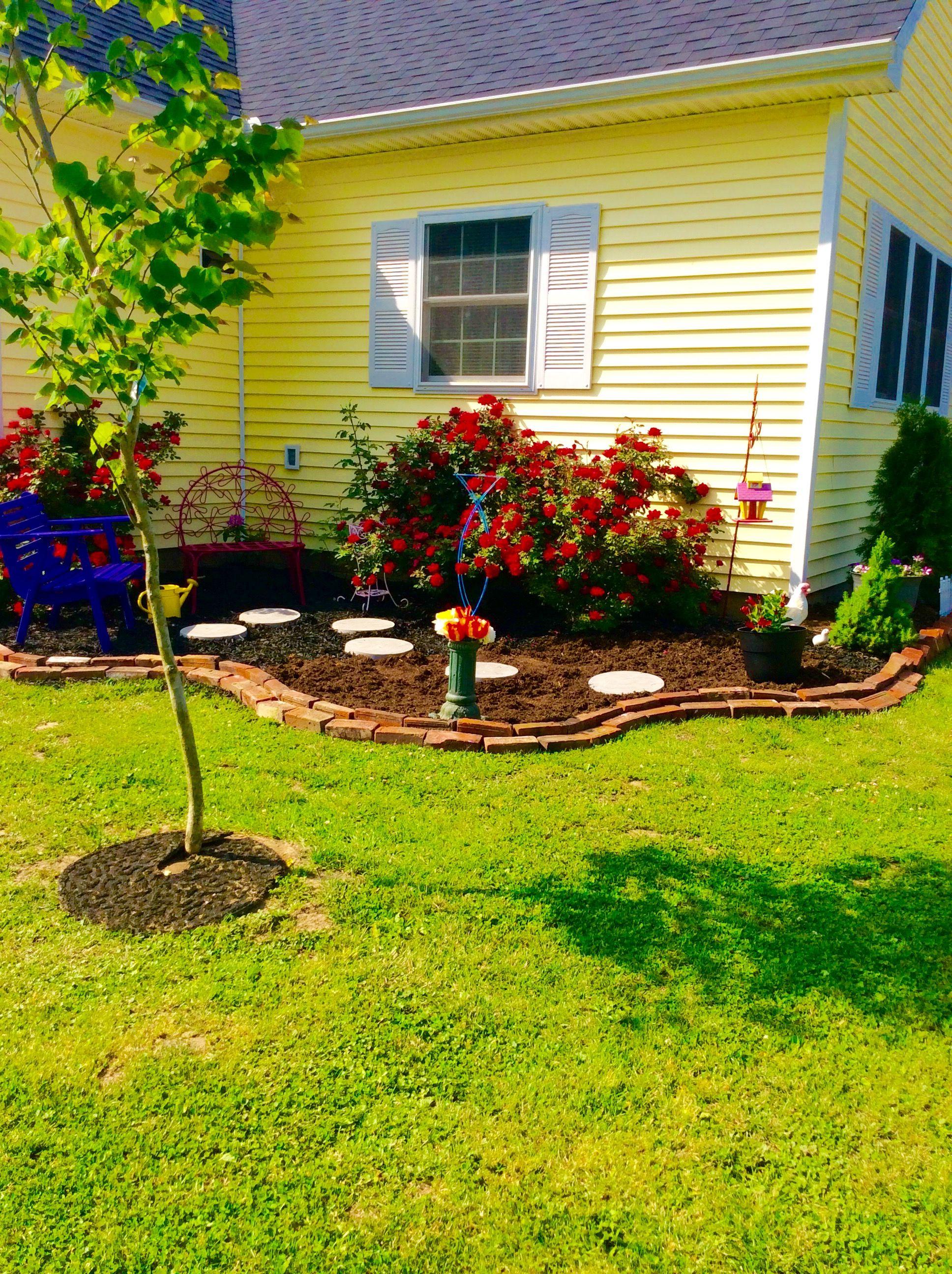 Corner landscaping