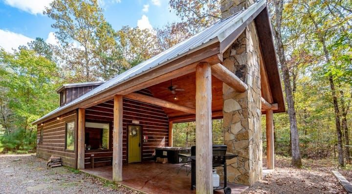 BRAND NEW CONSTRUCTION BEAR HIGH LUXE 1+ Bedroom Cabin