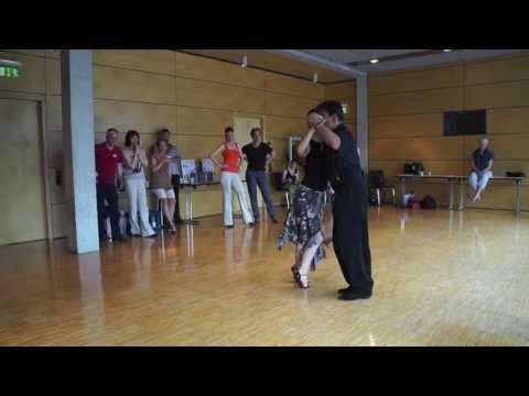 Vals Lesson Sacada en Vals con Cambio de Direccion & Final en ocho cortado - Georgina & Oscar - YouTube
