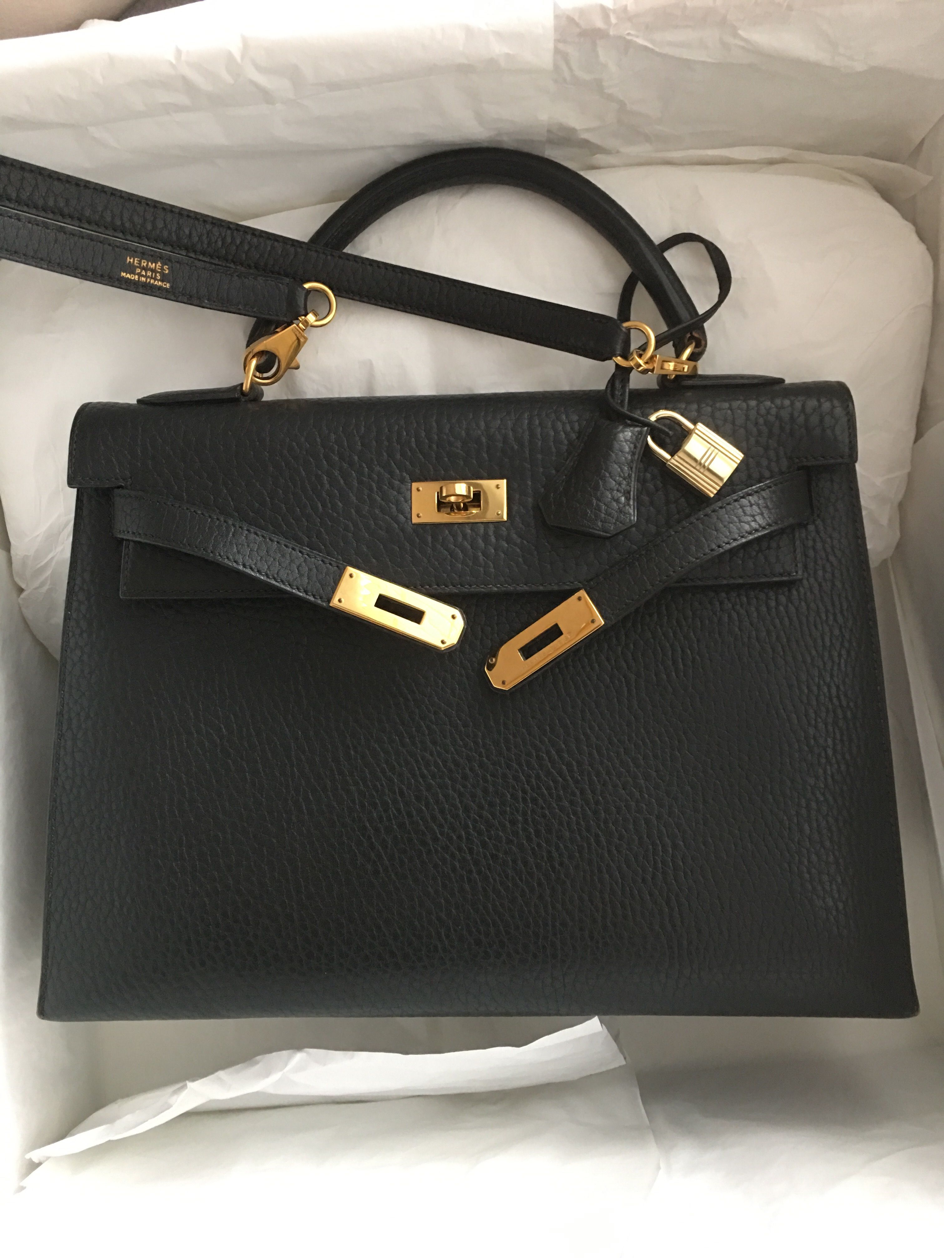 c807ac19060b Beautiful+Value👏🏼FOR SALEModel  Hermes Kelly 32 Sellier Condition   Preowned Stamp