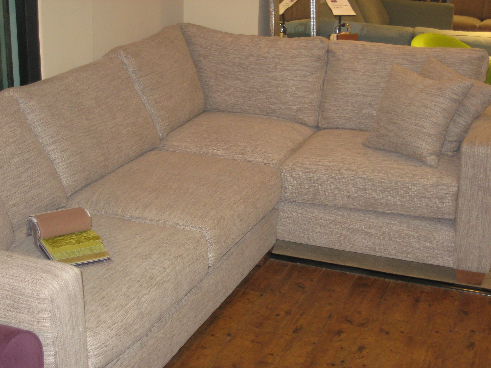 Uk Bespoke Sofa Corner Unit Fully Made To Measure By Our Long Eaton Nottingham Upholstery Specialists Con Imagenes Decoracion Hogar Decoracion De Unas