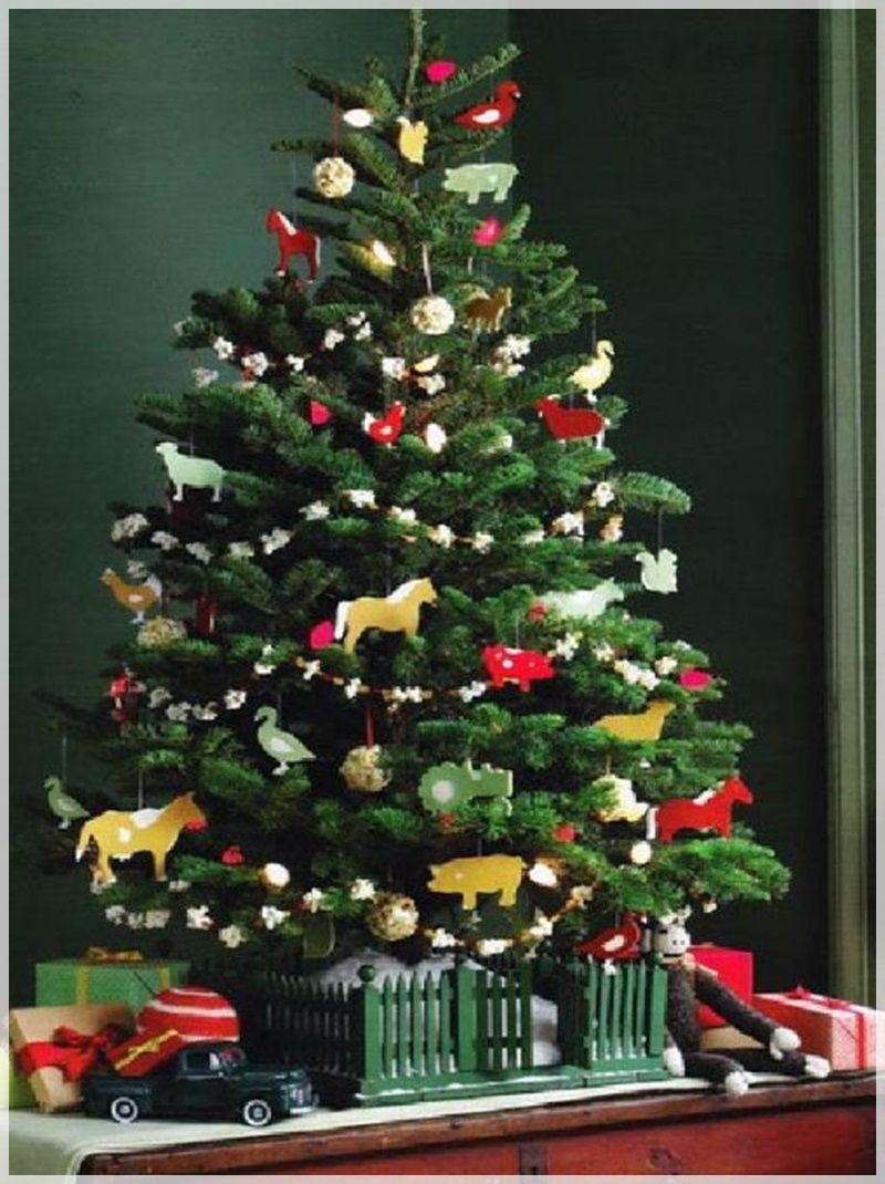 Christmas Tree Decorating Ideas Crafts Part - 17: Wonderful Decorating Ideas For Christmas Trees : Cool Artificial Christmas  Tree Design With Farming Theme For