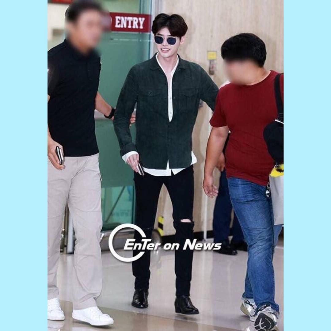 [160929] LeeJongSuk arrival at Gimpo airport tonight ✈️