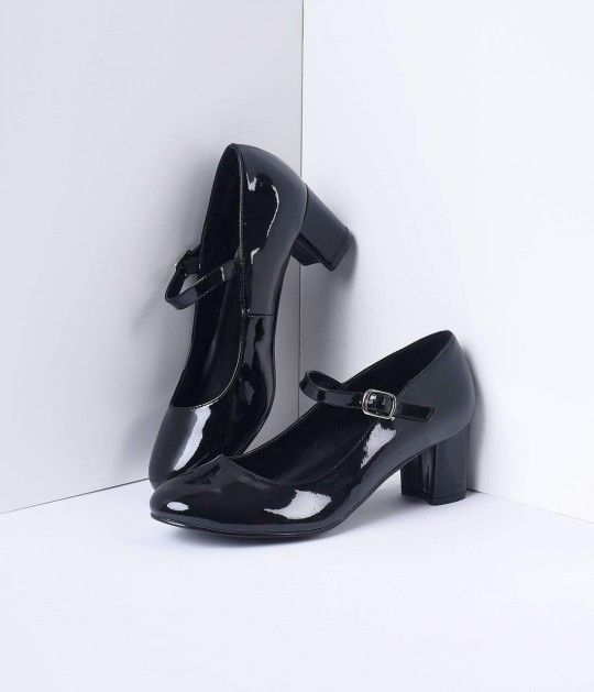 0fd98ae0cd Black Patent Leather School Girl Pumps