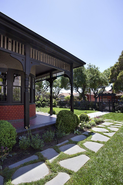 Art Deco Facade At The Bayside Project Art Deco Home Yard Design Garden Design
