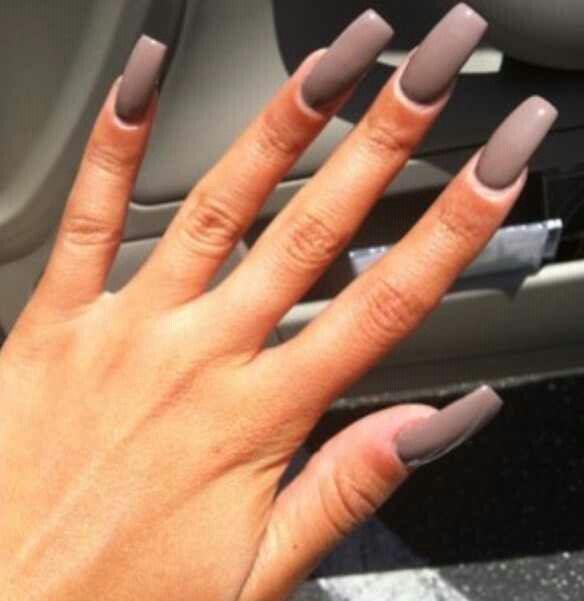 Tammy, this nail look kinda crooked!\