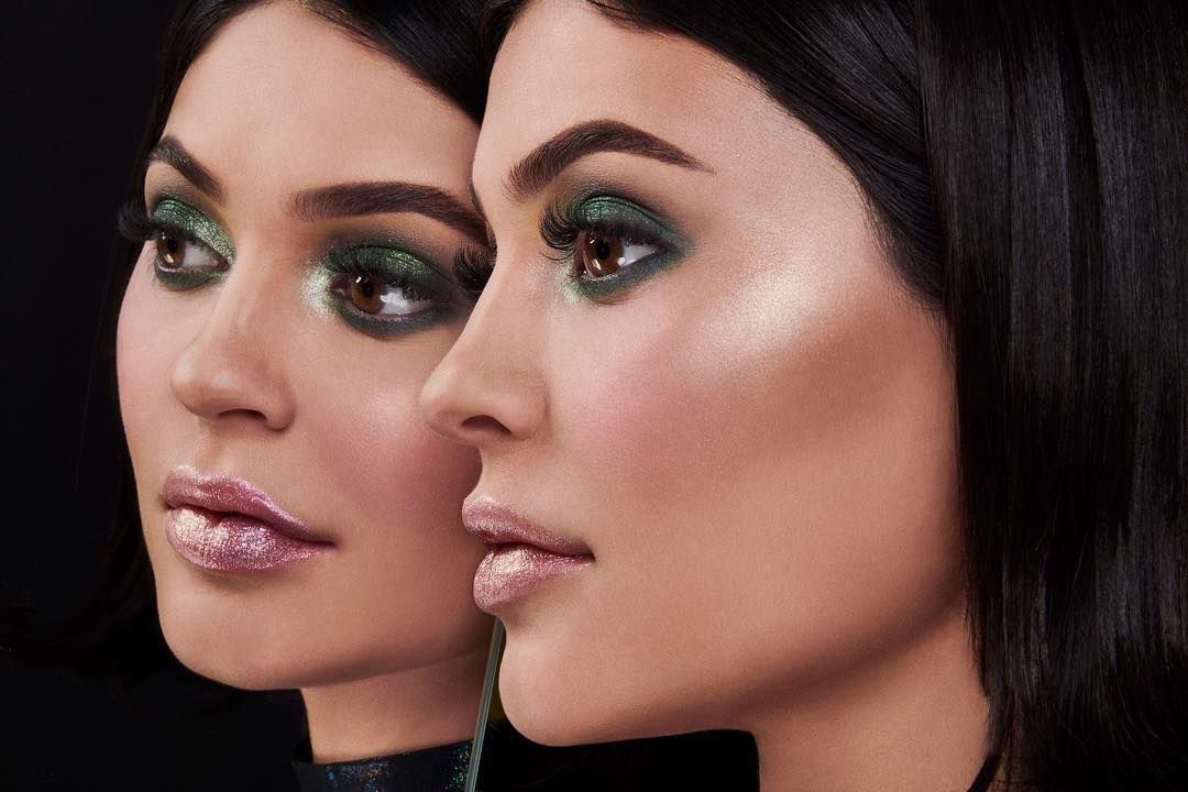 Pin by ROZA on Makeup | Pink lips, Kylie cosmetic, Eyeshadow