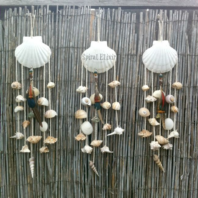 Shell wind chime hangings dreamcatcher schelpen for Shell wind chimes diy