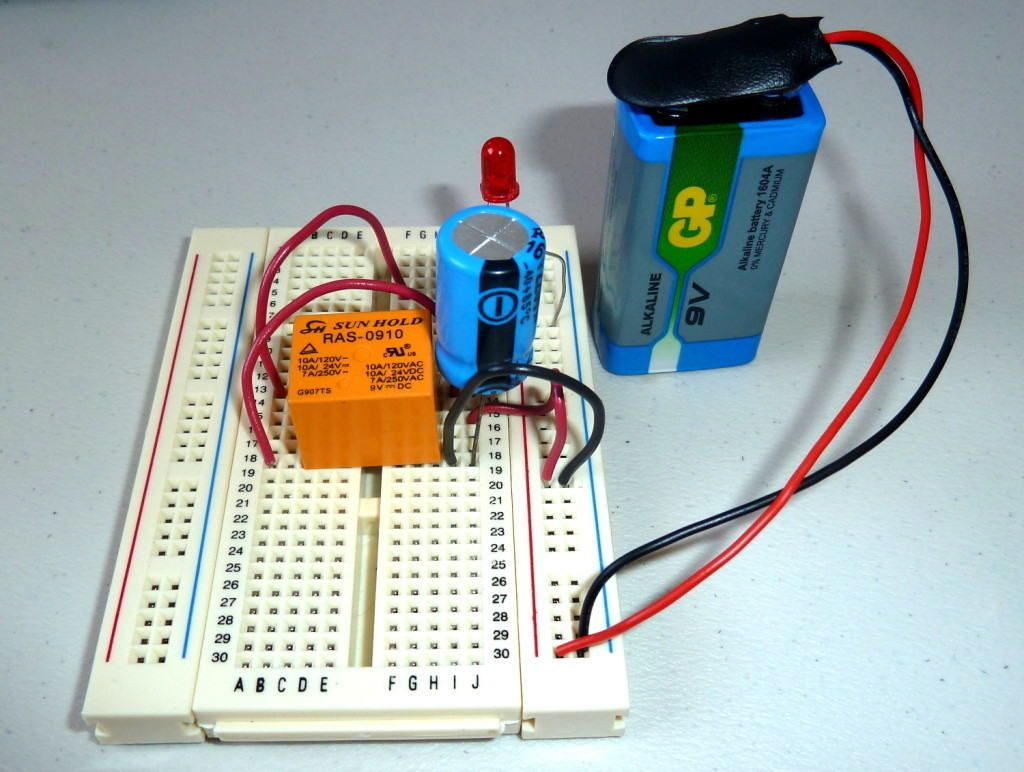 Swahiliteknolojia : Blinking LED Circuit with Schematics and ...