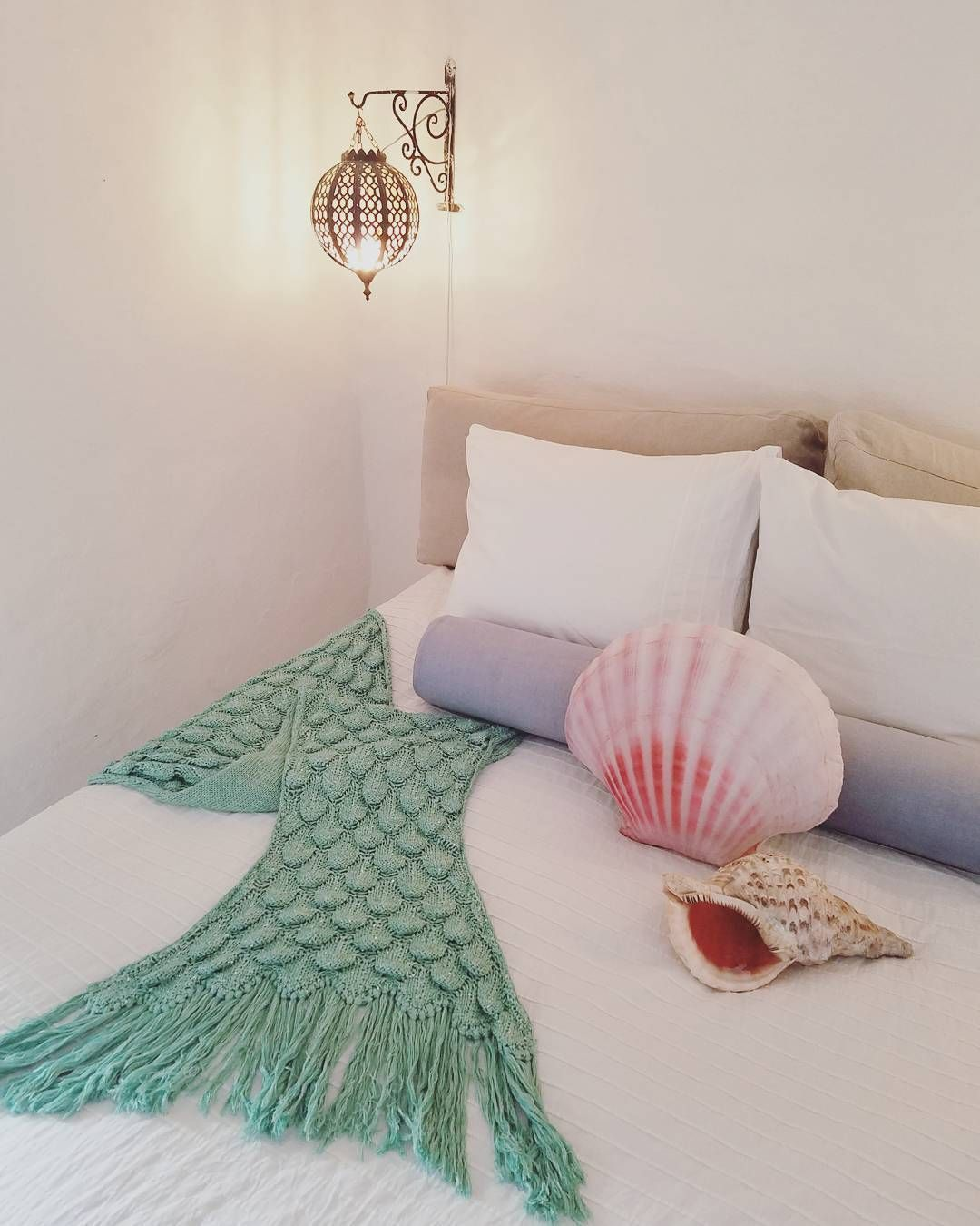 Dreamy Mermaid Den With Seatail Designs Mermaidtailblanket Shellpillow Mermaidbed Shell Bed Luxury Bedroom Furniture Bedroom Design Mermaid Room Decor