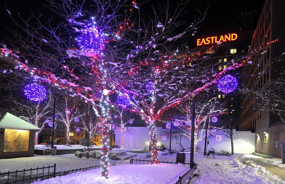 Portland Is Especially Beautiful This Time Of Year Extraordinary Take A Self Guided Walking Tour Of Downtow Holiday Lights Walking Tour Downtown Portland