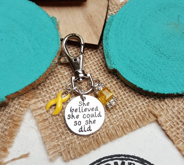 YE-3 Bladder Cancer Endometriosis Awareness Sarcoma Spina Bifida Keychain Gift For Her She Believed She Could So She Did Charm Key Chain