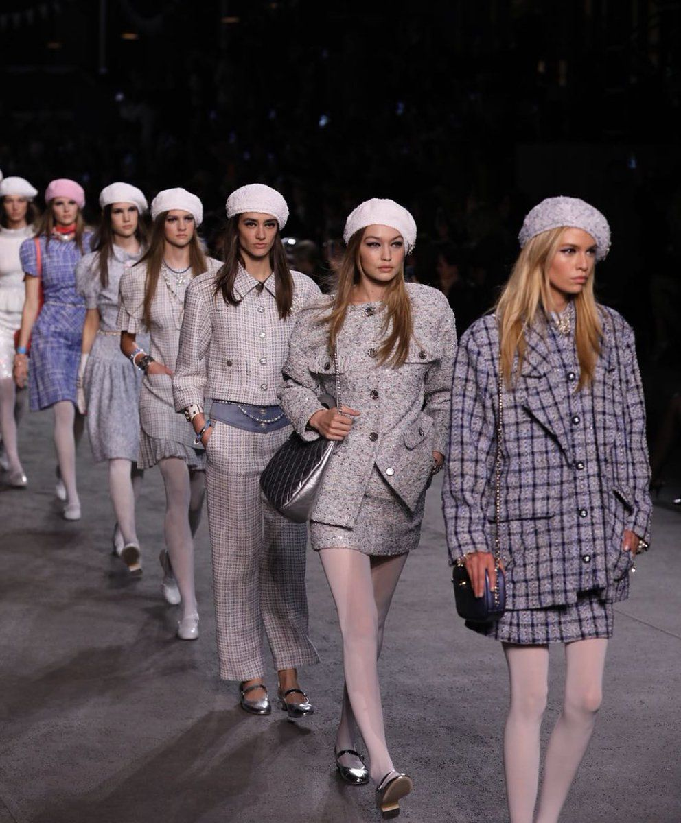 b160ce48 HD Chanel Cruise 2019 | Trends 19/20 | Chanel cruise, Hadid news, Chanel