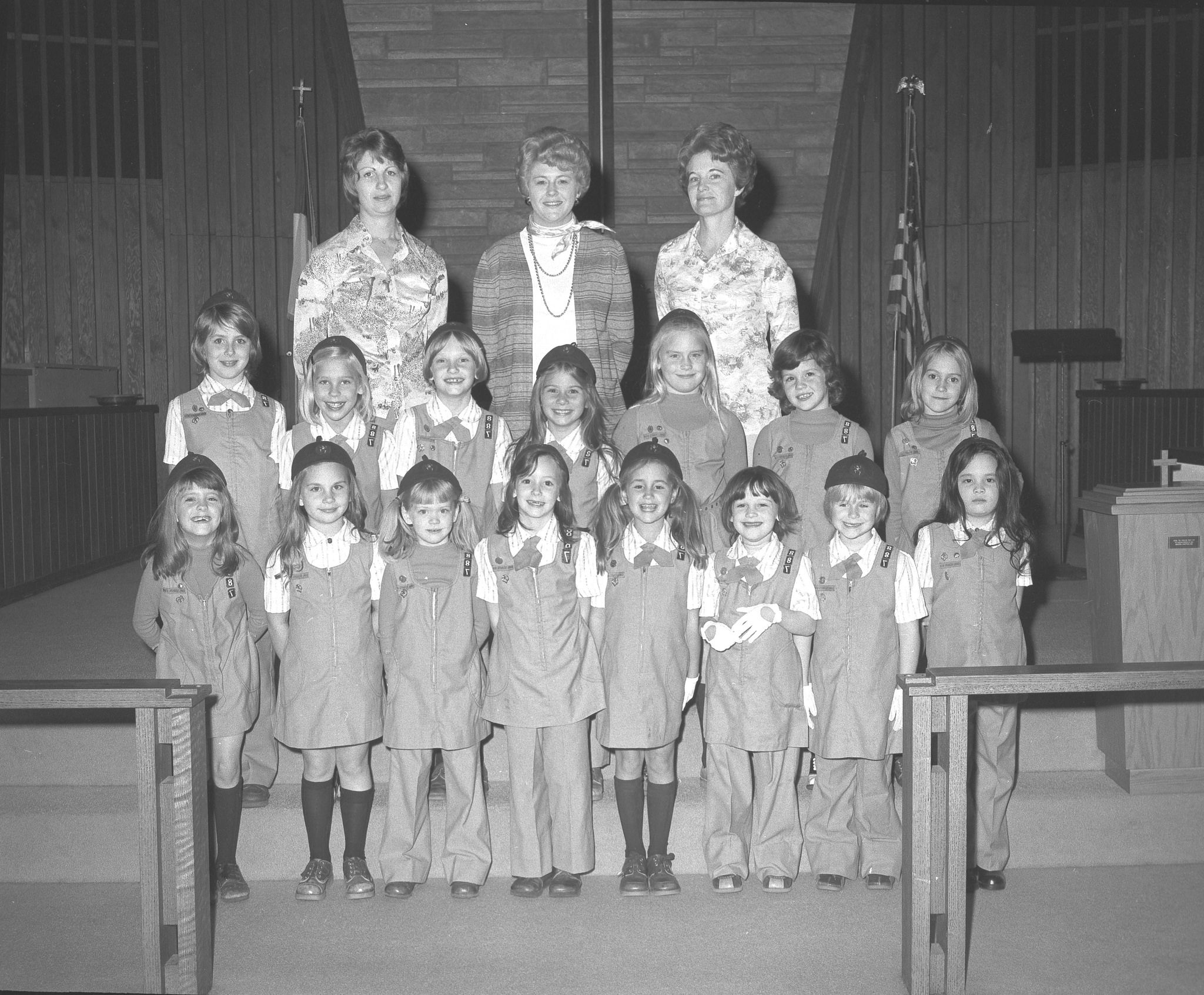 Girl Scouts Brownie scouts, Girl scouts, Kentucky
