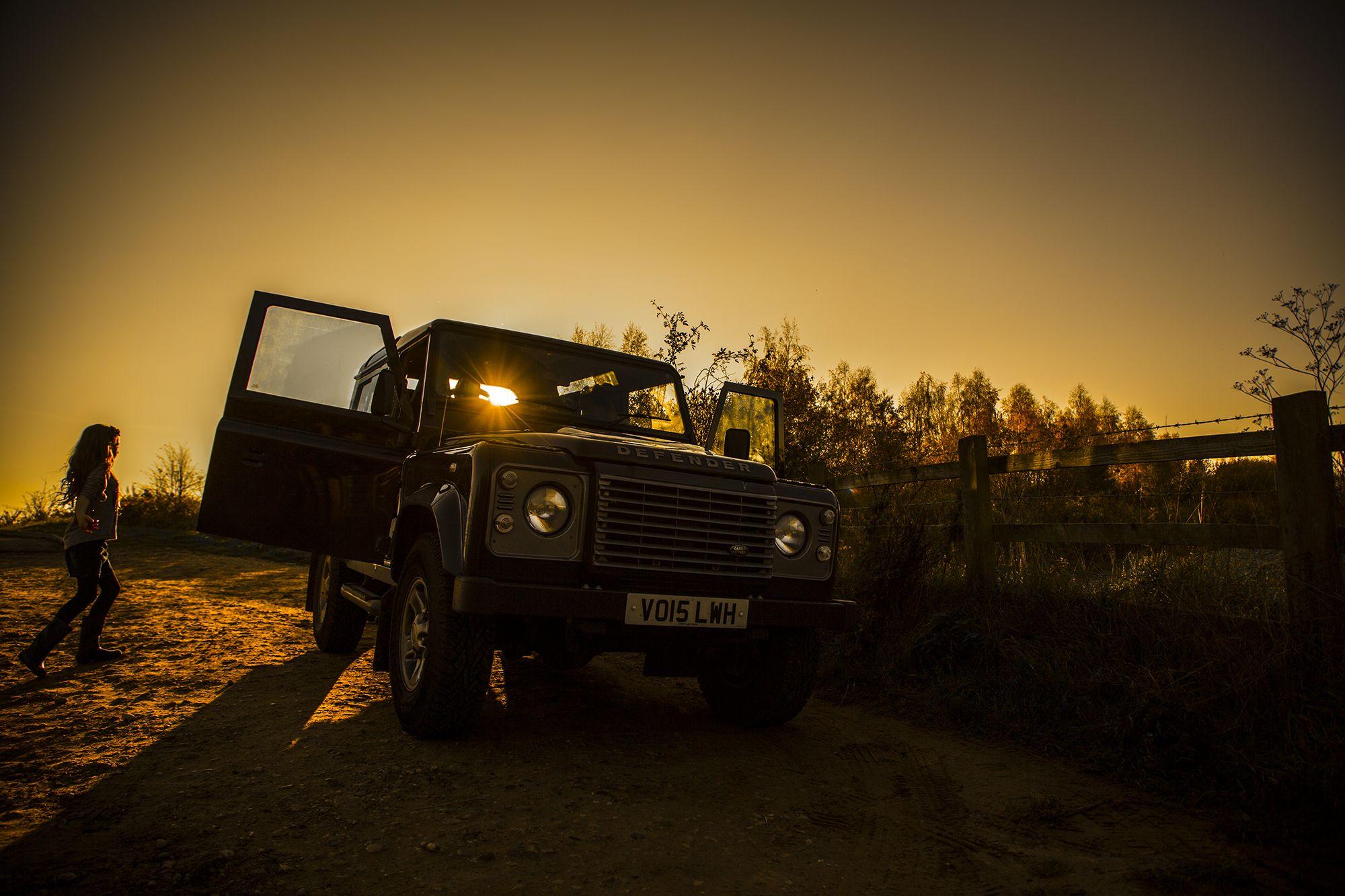 Land Rover Defender: sunset #landy #best4x4xfar #landroverdefender #4x4life #offroading #outdoor #roadtrip #expedition #4wd #sunset