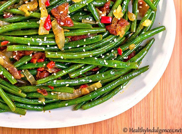Secret Recipes Club: Sweet Chili Green Beans with Bacon (A Healthy Low Carb Side Dish!)