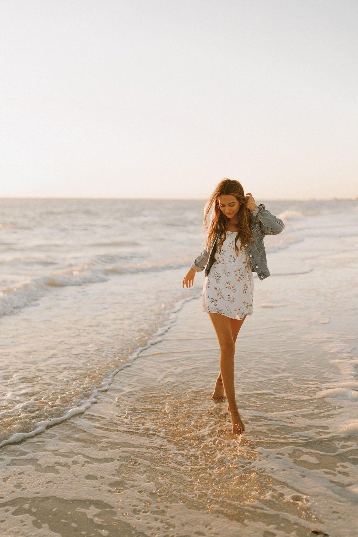 Senior Photos at Fort Myers Beach | Skylar Becker | Michelle Gonzalez Photography