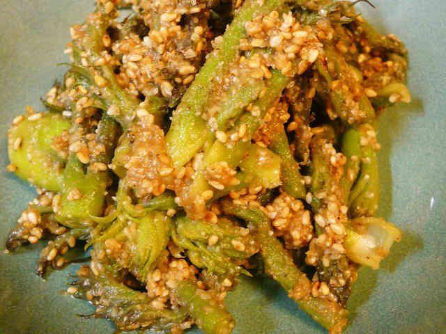 タラの芽のごまみそ和え by まめぴーす レシピ 料理 レシピ レシピ 食べ物のアイデア