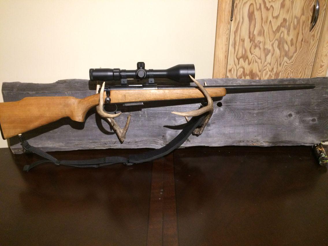 Gun room amp trophy room done hunting - White Tail Deer Antler Barn Wood Gun Rack