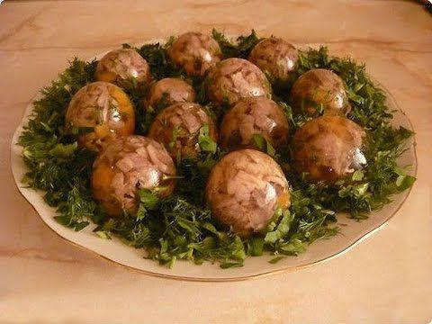 Новогодний стол идеи украшения -  заливное из мяса,  из языка,  из рыбы.