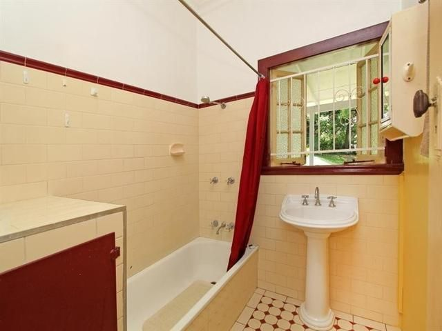 Bathroom Designs, Red Color Picture Curtain White And Brown Color ...