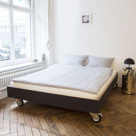 Bett auf Rollen | Bett und Rollen