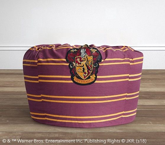 Pleasant Oversized Harry Potter Gryffindor House Crest Beanbag Andrewgaddart Wooden Chair Designs For Living Room Andrewgaddartcom