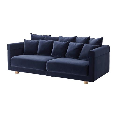 IKEA - STOCKHOLM 2017, 3-zitsbank, Sandbacka donkerblauw, , Fluweel is een zachte, luxe stof die bestand is tegen wrijving en die met een stofzuigermondstuk met een zacht borsteltje eenvoudig schoon te houden is.De zit- en rugkussens geven het lichaam comfortabele ondersteuning en krijgen hun vorm eenvoudig weer terug omdat ze zijn gevuld met koudschuim en polyestervezels.De rugkussens zijn keerbaar zodat ze gelijkmatig slijten. Doordat aan beide kanten dezelfde stof zit, gaan ze langer…