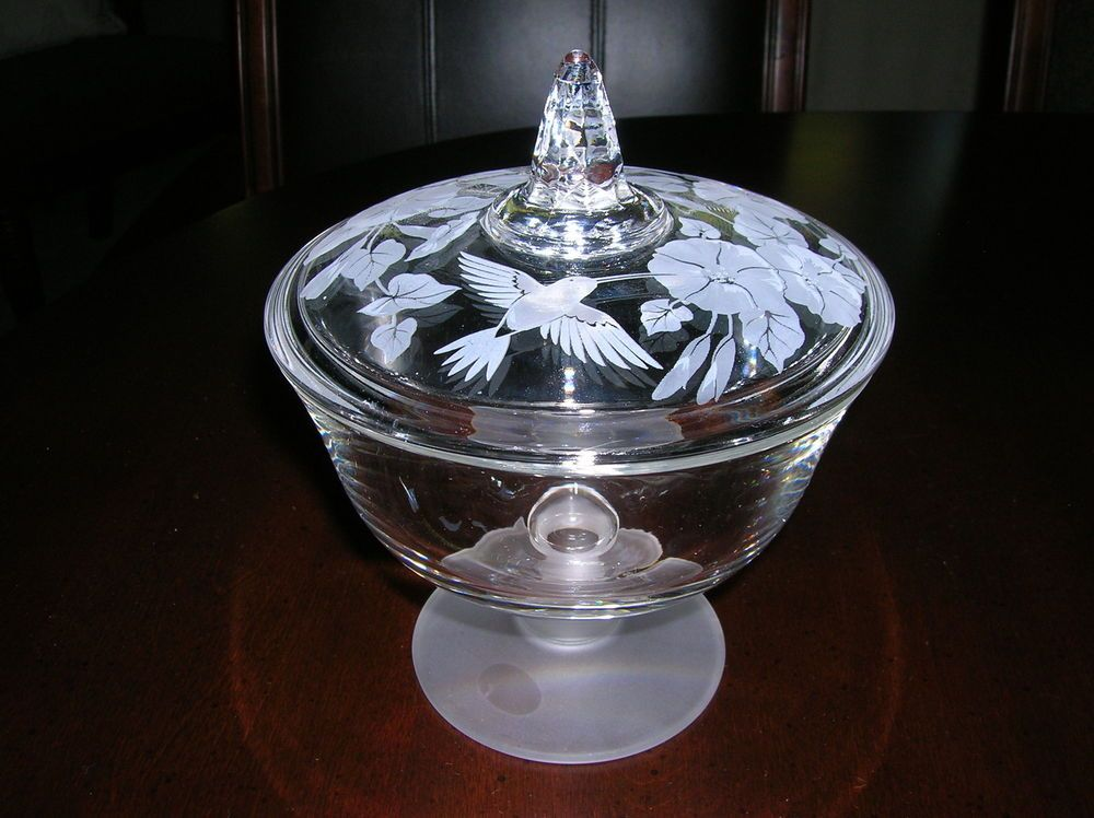 AVON Crystal HUMMINGBIRD Candy Dish with decorative soaps