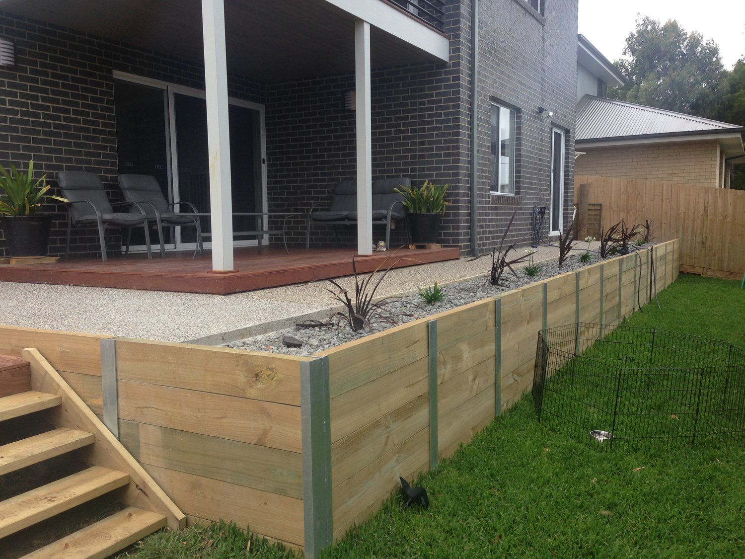 Finished Steel Post And Treated Pine Sleepers Retaining Wall In Jan Juc Garden Retaining Wall Retaining Wall Patio Retaining Wall