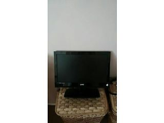 17 Inch Hd Ready Tv With Usb Port Built In Freeview Suit Kitchen Or Caravan Or Small Room Stoke On Trent Picture 1 Small Kitchen Tv Tv In Kitchen Small