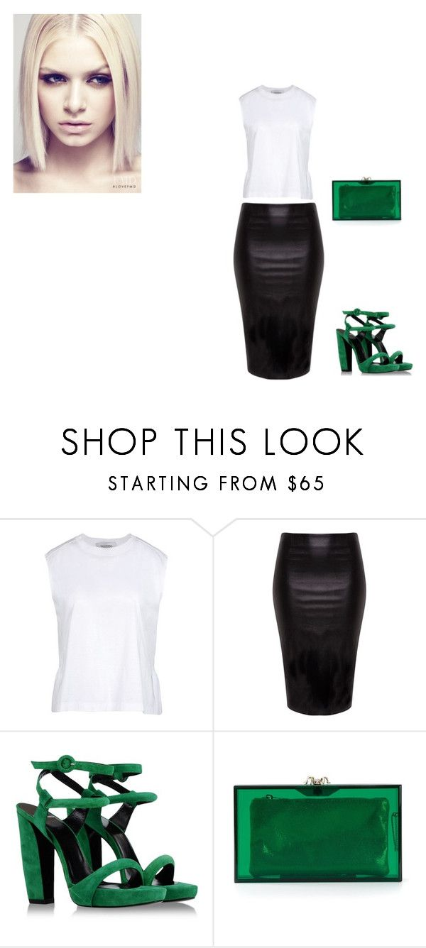 """""""BASIC"""" by dijahhlove ❤ liked on Polyvore featuring moda, Valentino, Asplund, Pierre Hardy y Charlotte Olympia"""
