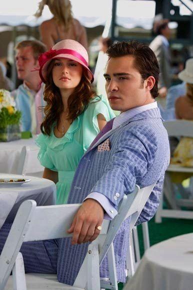 Blair & Chuck   Gossip Girl   I just LOVE Blair's hat. So fetch!
