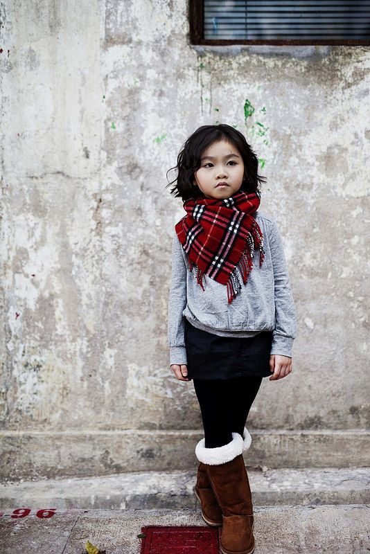 little chloe in gap outfit + burberry check scarf