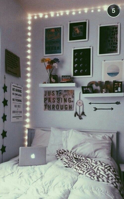 Just passing trough | Home Design | Tumblr rooms, Room decor ...