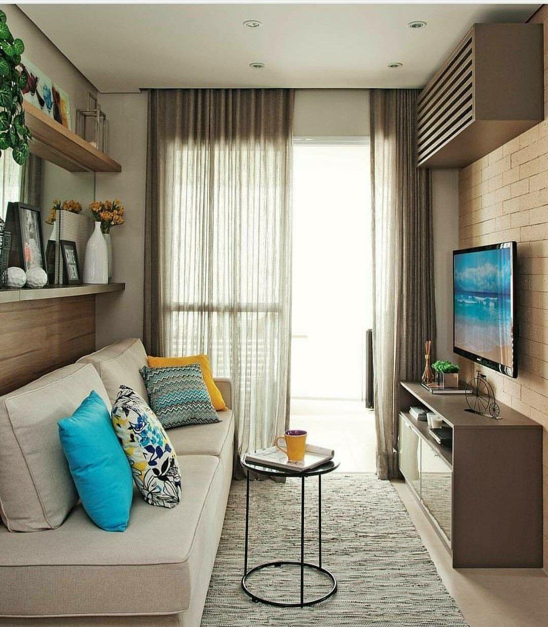 Pin Do A Mariann Fodor Em Small Apartments Pinterest  -> Decoracao De Sala Com Prateleiras