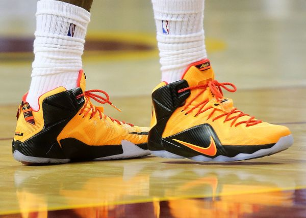 d4fb5703528 Nike Lebron 12 Witness