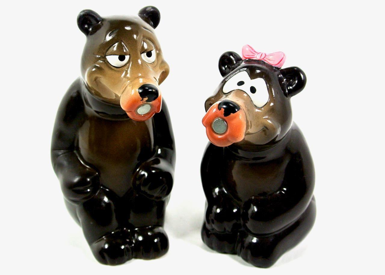 salt pepper shakers kissing bears ceramic s magnet  ceramics  - salt pepper shakers kissing bears ceramic s magnet bypluckydotcollections on etsy