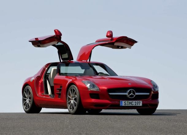 Mercedes Benz Sls Amg Spreads Its Gullwings Flies To Frankfurt