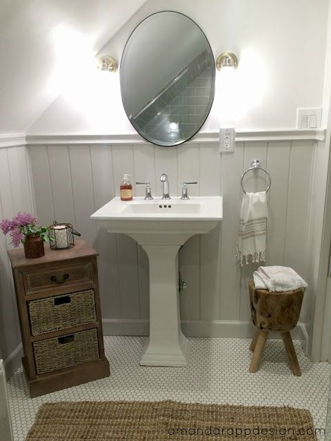 Finished Classic Cottage Y Bathroom Pedestal Sink Oval Mirror