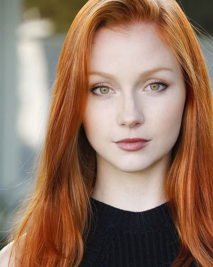 Photo B Red Hair Green Eyes Redhead Makeup Beautiful Redhead