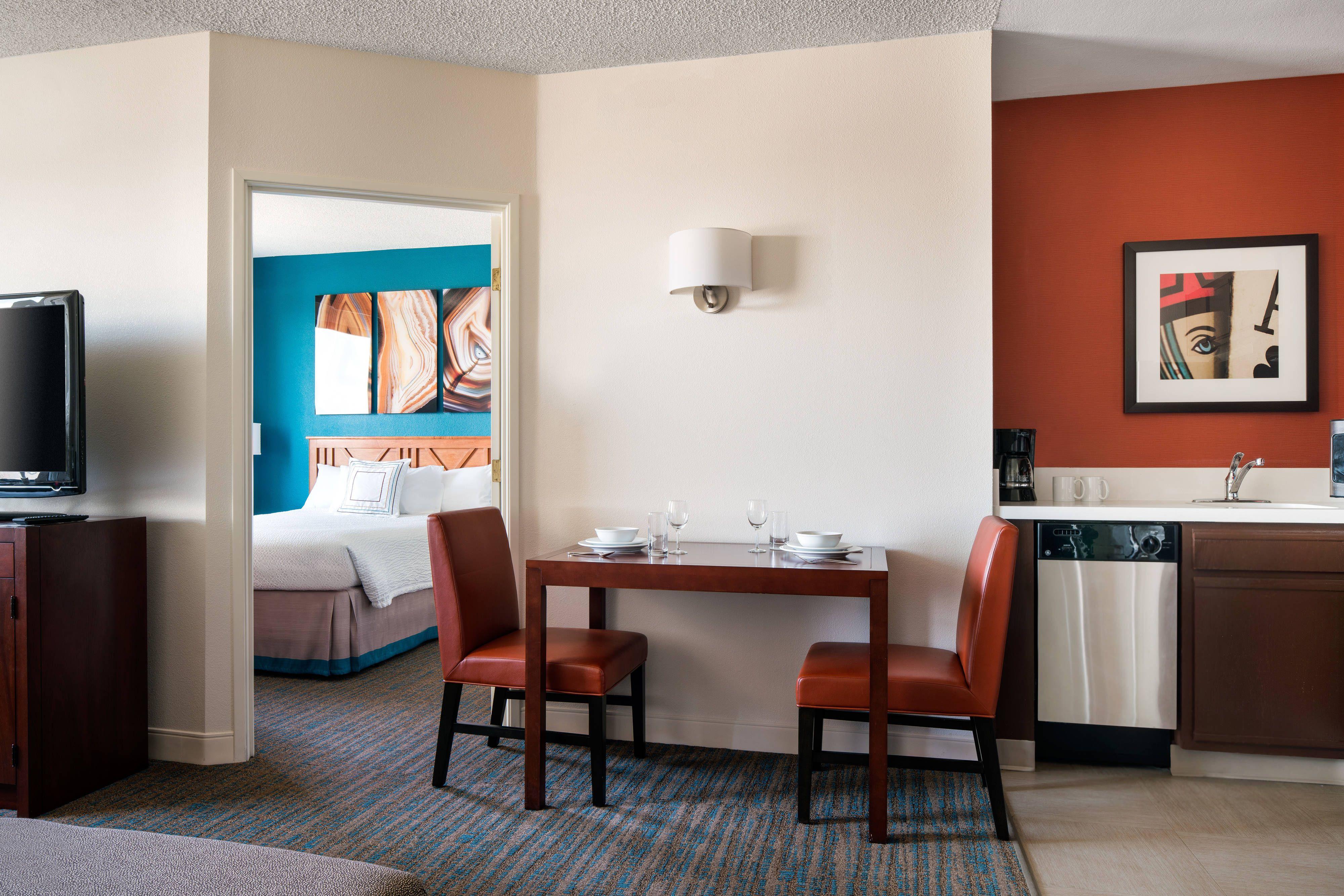 Tower Luxury Suite Living Room. Luxurious bedrooms
