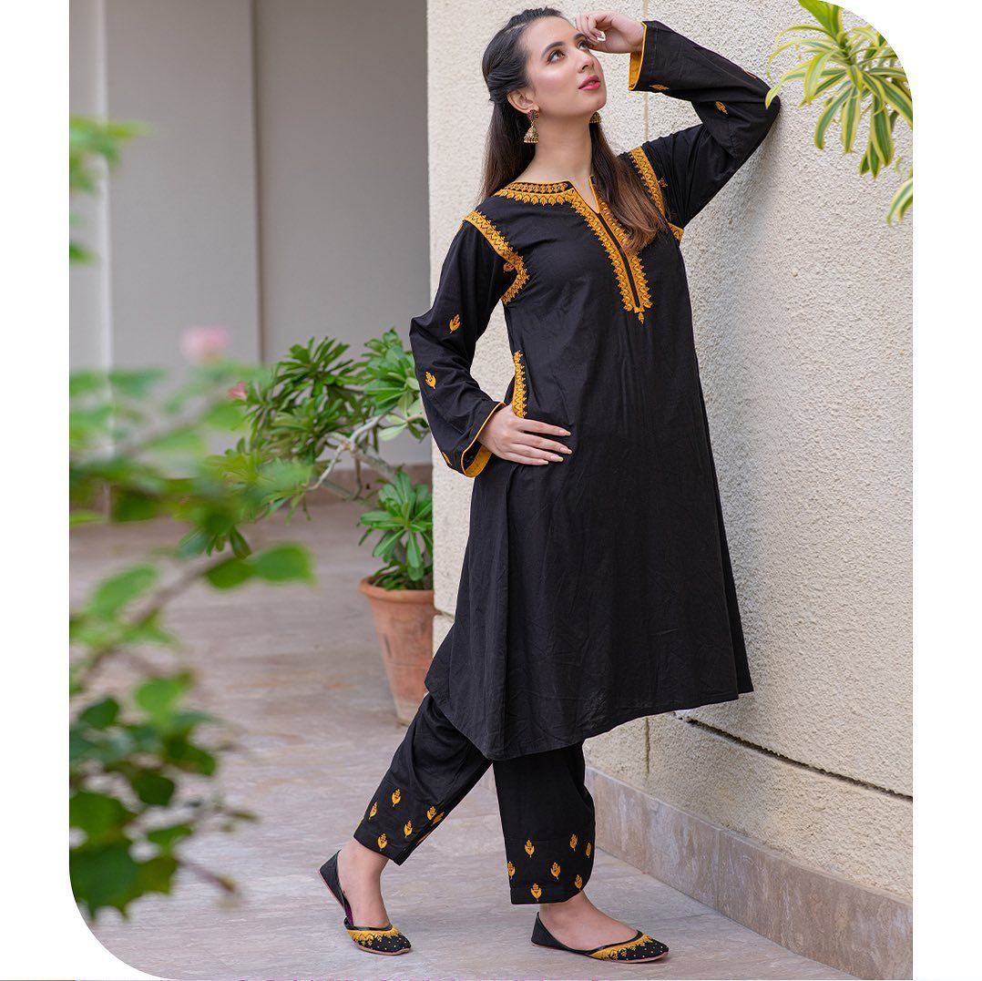 10k Likes 243 Comments Omal Omalbykomal On Instagram Sassi Stitched Sassi Is A T Stylish Black Dress Beautiful Black Dresses Simple Pakistani Dresses [ 1077 x 1078 Pixel ]