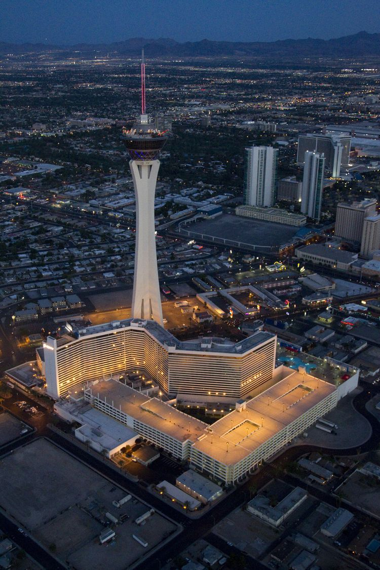 Getting A Great Deal In Las Vegas At The Stratosphere Hotel Las