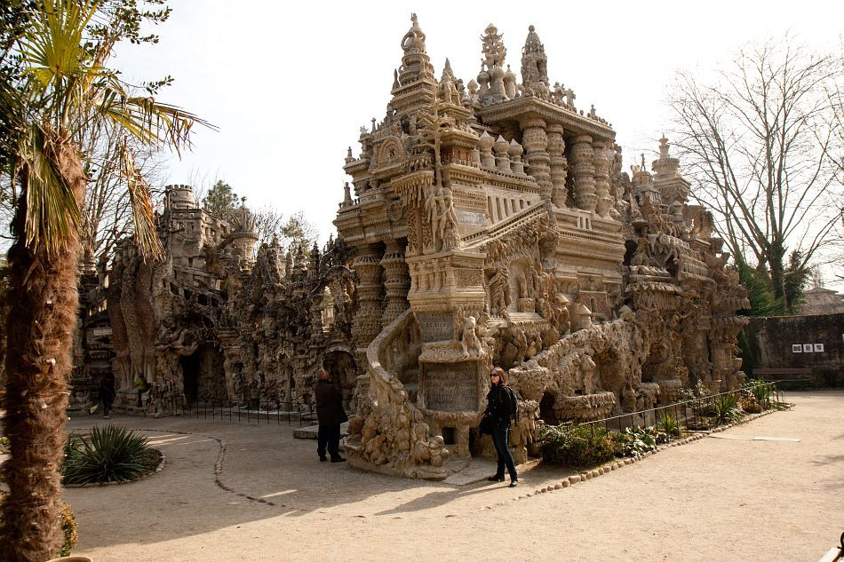 Le palais id al du facteur cheval architecture r jouissante cheerful pinterest dream big - La spezia office du tourisme ...