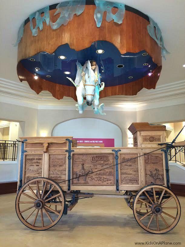 http://www.momsandmunchkins.ca/wp-content/uploads/2015/05/texas-family-travel-cowgirl-museum.jpg