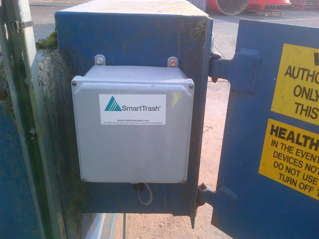 SmartTrash trash compactor monitor | SmartTrash Waste Compactor ...