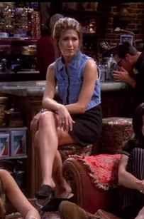 """20 Things Rachel Wore In """"Friends"""" That You'd Definitely Wear Now"""