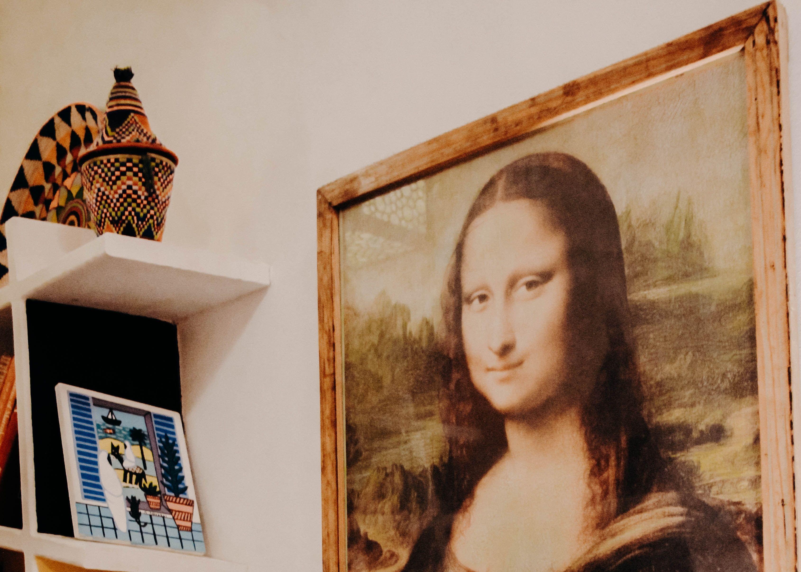 الموناليزا لوحة الفتاة صاحبة أجمل ابتسامة في تاريخ الفن Painting Art Deco Paintings Buy Paintings